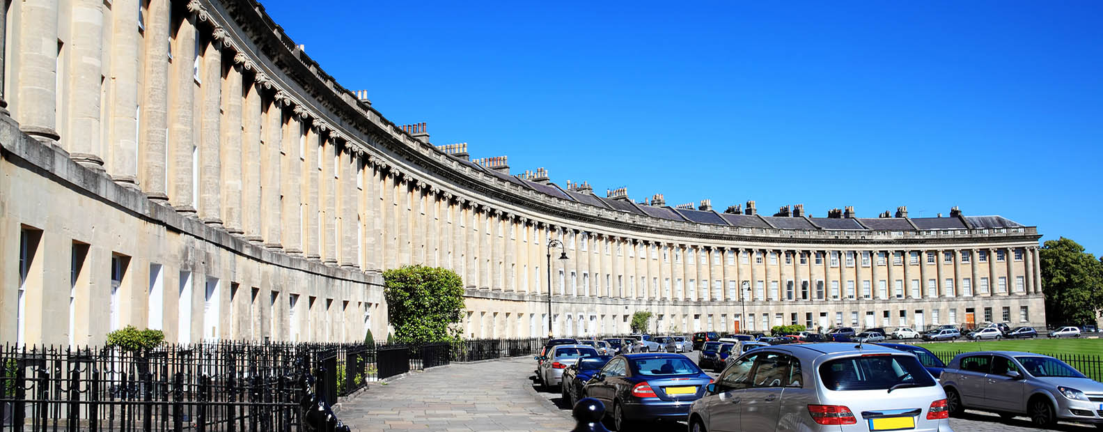 bigstock-Royal-Crescent-in-Bath-90379988-NEW